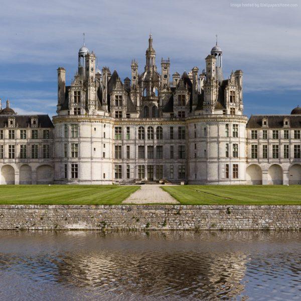 chambord-1024x1024-france-loir-et-cher-chateau-castle-travel-893