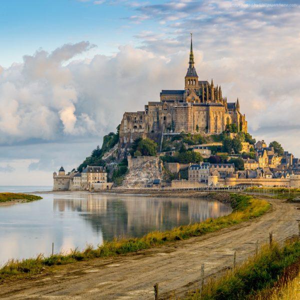 mont-saint-michel-1024x1024-france-town-castle-tourism-travel-4632